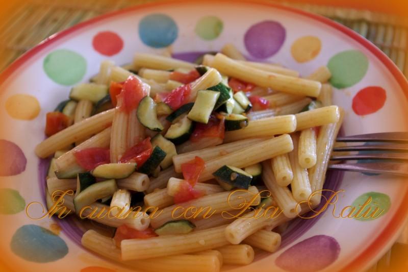 sedanini zucchine e pomodorini (3)