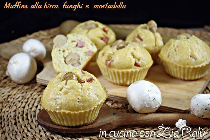 Muffin salati alla birra funghi e mortadella