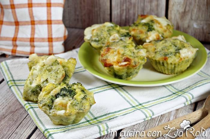 Muffins salati broccoli e scamorza