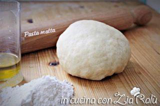 Pasta matta – ricetta base per torte salate