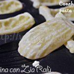 Conchiglie di pasta sfoglia - gusci per antipasto