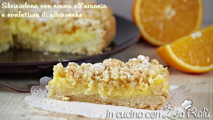 Sbriciolona con crema all'arancia e confettura di albicocche