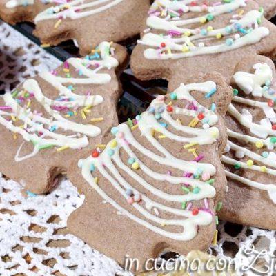 Biscotti natalizi al cacao per bambini