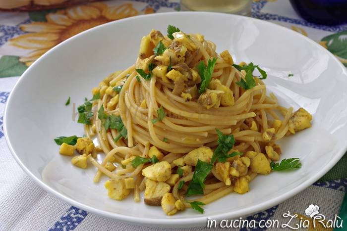 spaghetti orata e curry