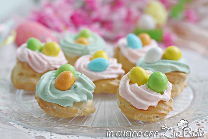 Zeppole pasquali colorate - ricetta