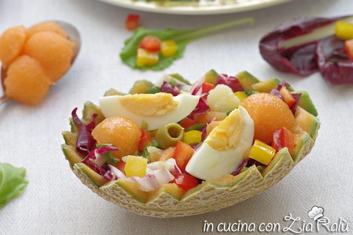 Insalata con uova e melone - ricetta light