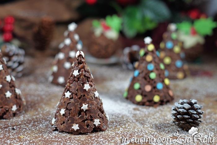 Alberelli di riso soffiato – dolci di Natale