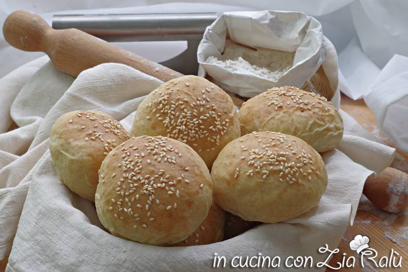 Panini per hamburger – burger buns senza lattosio