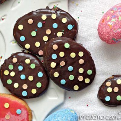 Biscotti uovo di pasqua glassati