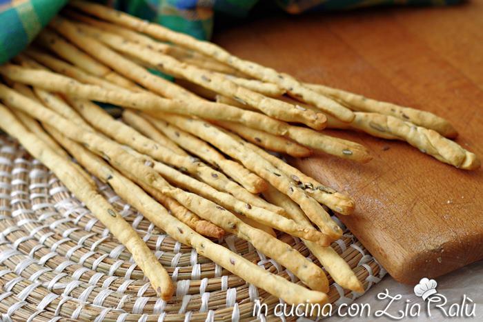 Ricetta Grissini Con Semi Di Zucca.Grissini Veloci Con Lievito Istantaneo In Cucina Con Zia Ralu