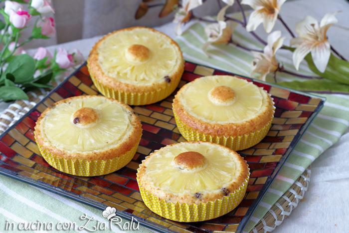 tortine ananas e cocco allo yogurt