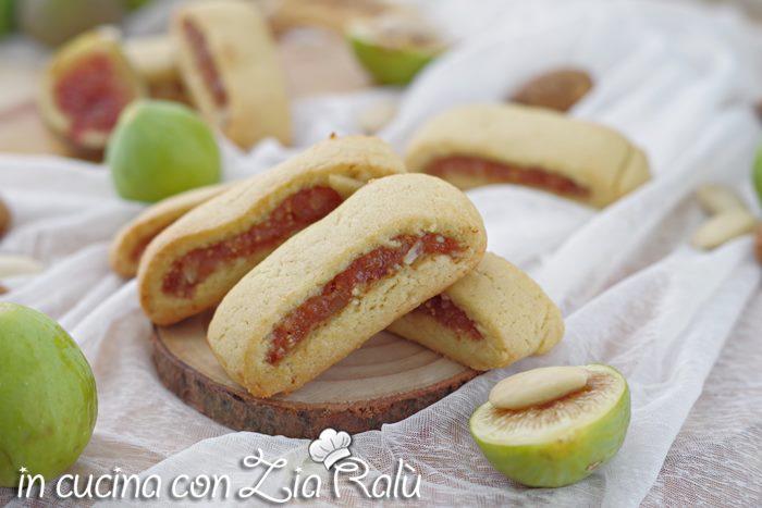 Biscotti settembrini vegan con fichi e mandorle