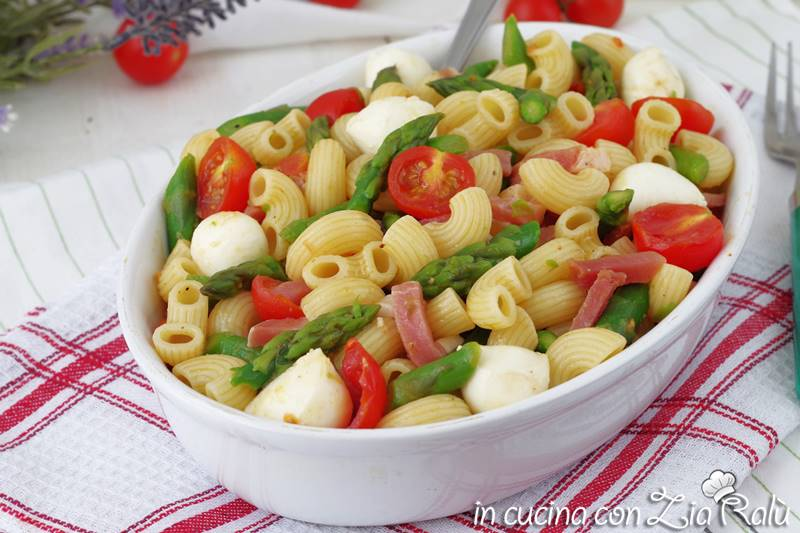 pasta fredda con asparagi